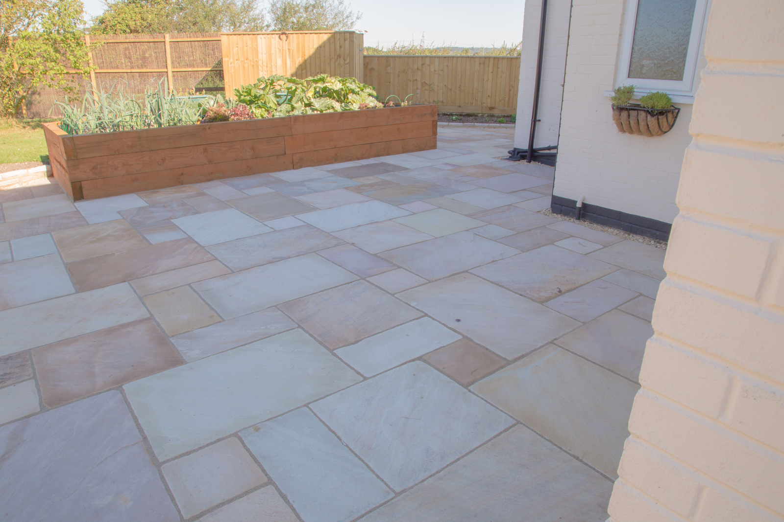 MOSS GREEN ANTIQUED SANDSTONE PATIO PAVING SAMPLE